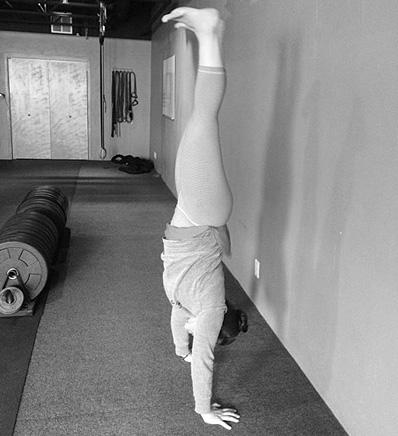 handstand copy